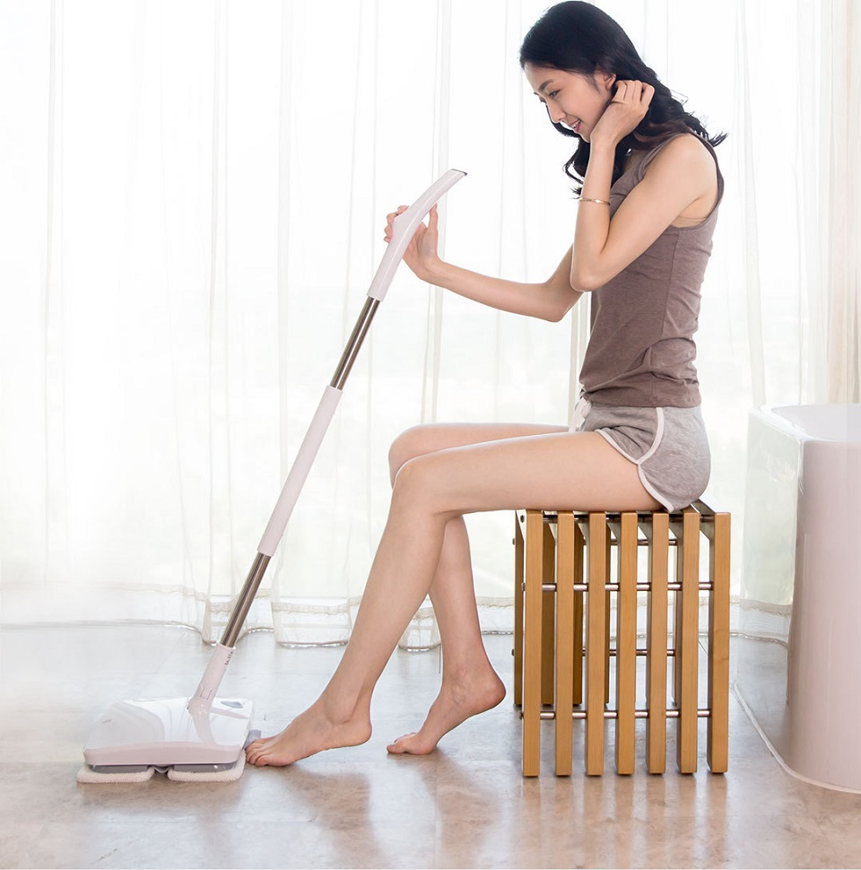 Xiaomi Handheld Electric Mop Girl With the Mop 3